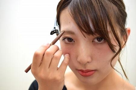 人の顔の印象の約8割は眉毛で決まるという事実